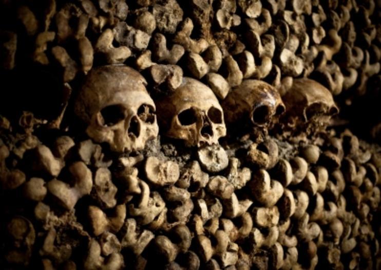 Les catacombes de Paris : A tous ceux qui gisent sous nos pieds !