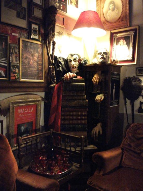 Le Musée des Vampires et Monstres de l'Imaginaire : un véritable cabinet de curiosité de l'étrange © Musée des Vampires et Monstres de l'Imaginaire