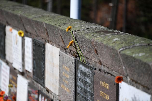 Le Mur du Souvenir ©JS Arnold
