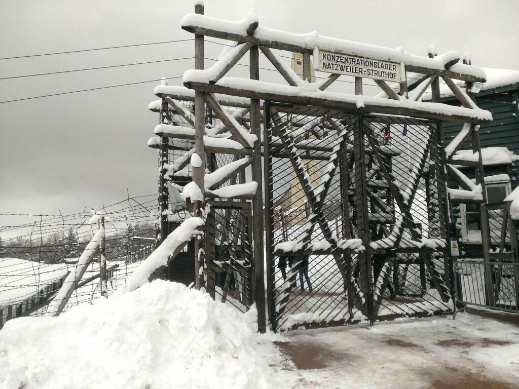 Visite du camp KL-Natzweiler sous la neige