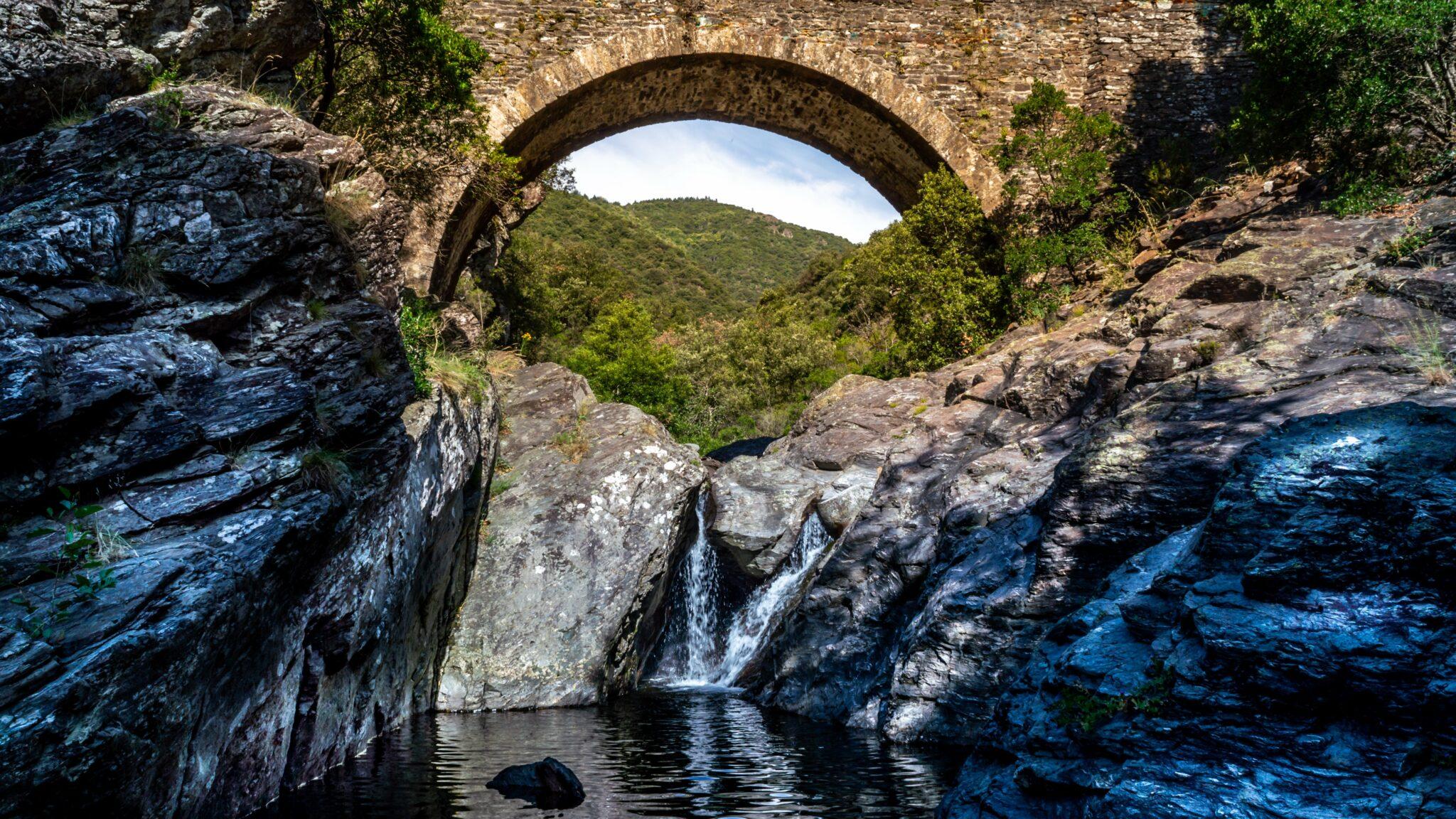 Les Gorges de l'Ardèche, patrimoine et aventure nature
