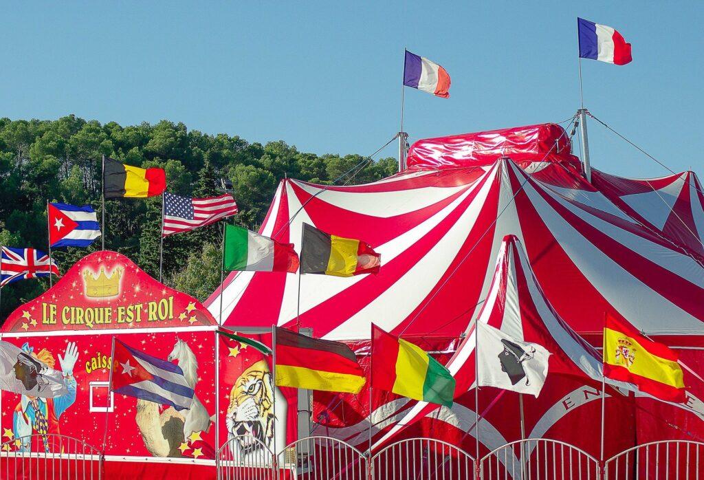 Chapiteau traditionnel de cirque