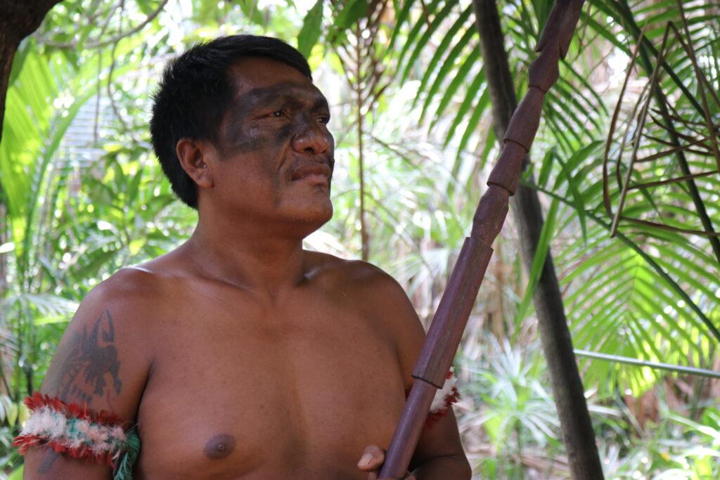 Olimpo Guajajara, Gardien de l'Amazonie. Territoire autochtone d'Arariboia. © Sarah Shenker/Survival International