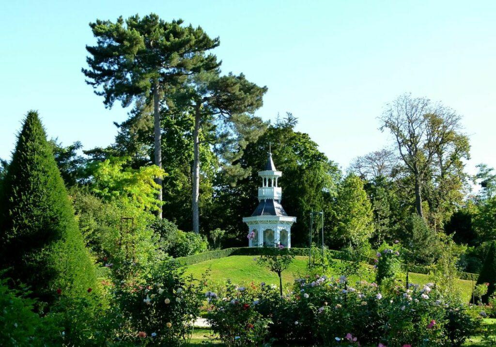 Le parc de Bagatelle, repos et contemplation en famille