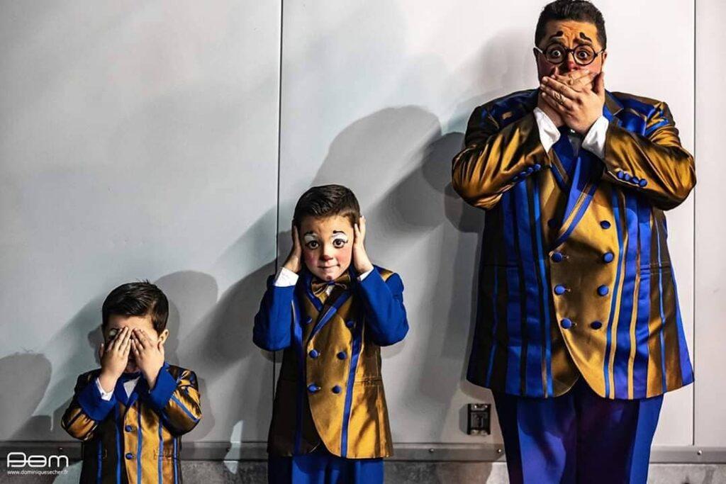 Totti et ses deux fils, Charlie et Maxime /  © http://www.dominiquesecher.fr/